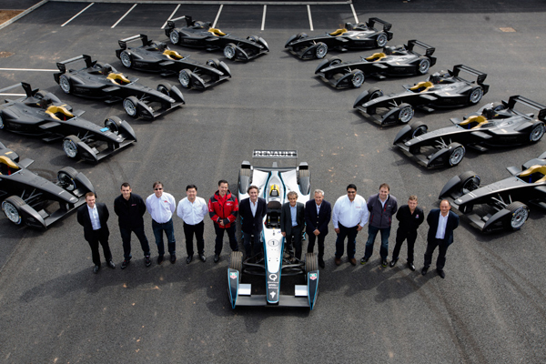 first-10-formula-e-race-cars-delivered-to-teams_100467014_l
