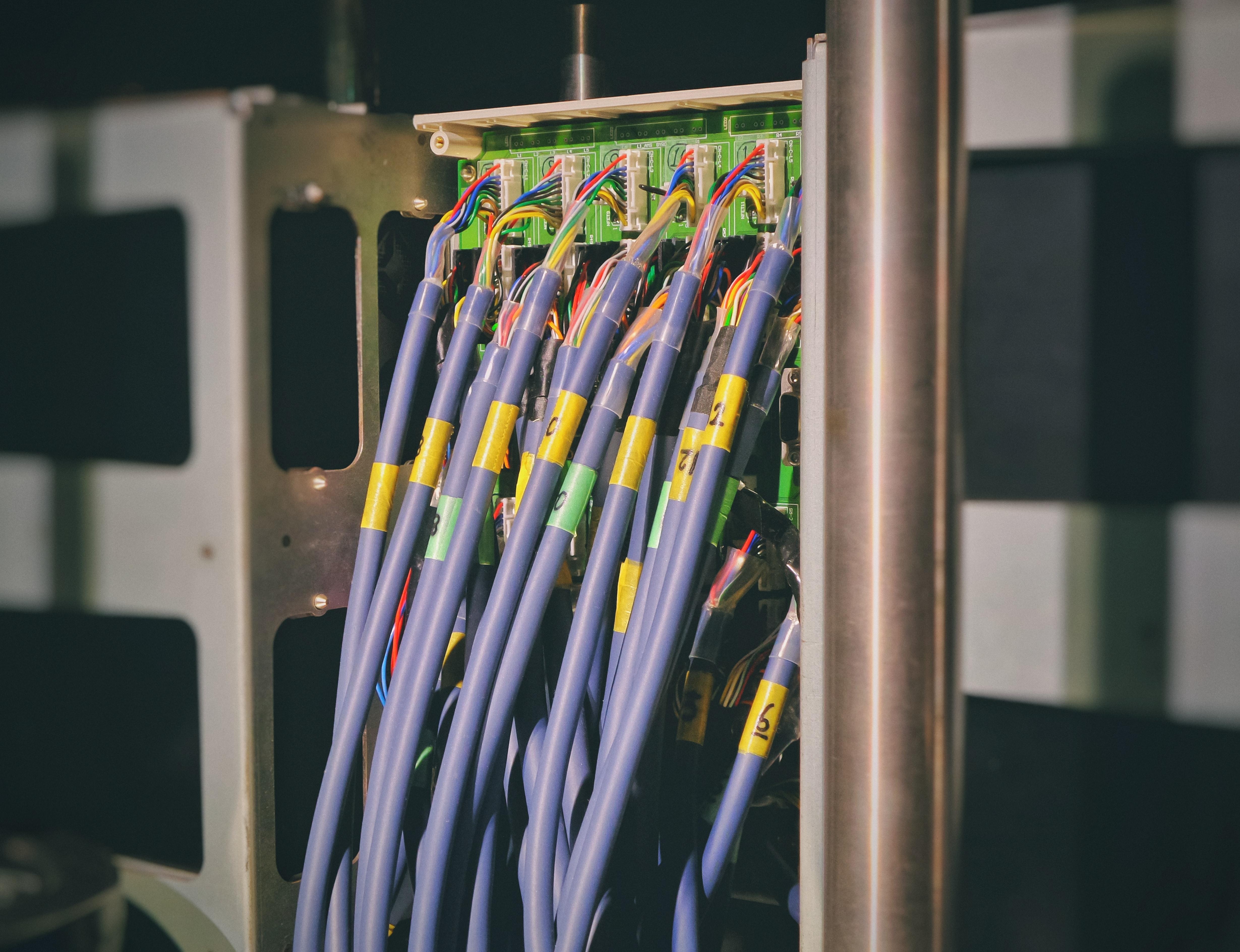 Peszle – podstawowa rura w instalacjach elektrycznych
